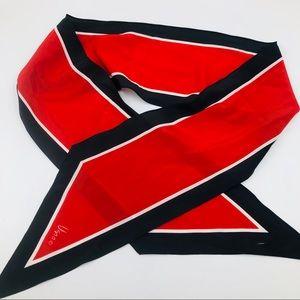 Vera Neumann Red black white pointed tip scarf